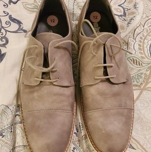 Kenneth Cole Oxford dress shoes
